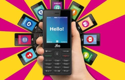 Reliance Jio Phone Pre-Booking Begins – Price, Specification And Comparison